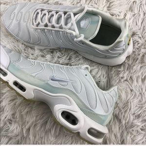 Women's Nike Air Max Plus SE Ice Blue NWT